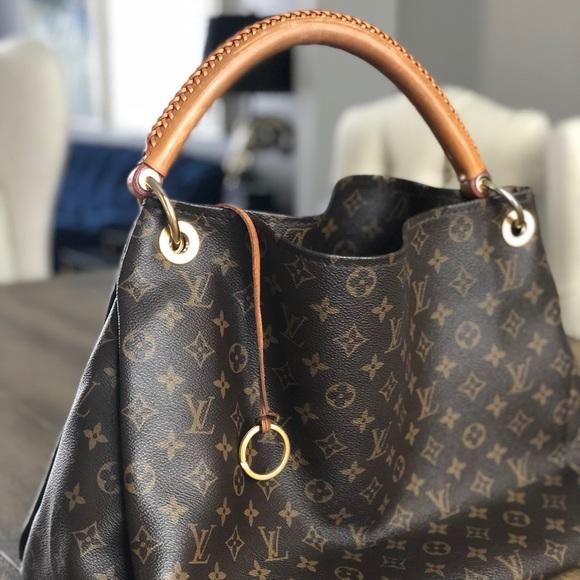 75b3cc45672a Louis Vuitton Handbags - Louis Vuitton Artsy